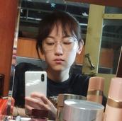 梁诗琦's picture